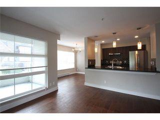 Photo 2: # 201 2110 YORK AV in Vancouver: Kitsilano Condo for sale (Vancouver West)  : MLS®# V1058982