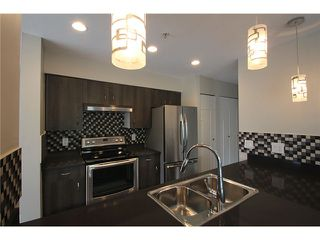 Photo 6: # 201 2110 YORK AV in Vancouver: Kitsilano Condo for sale (Vancouver West)  : MLS®# V1058982