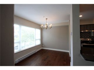 Photo 3: # 201 2110 YORK AV in Vancouver: Kitsilano Condo for sale (Vancouver West)  : MLS®# V1058982