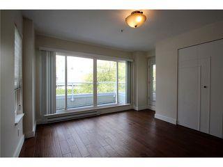 Photo 13: # 201 2110 YORK AV in Vancouver: Kitsilano Condo for sale (Vancouver West)  : MLS®# V1058982