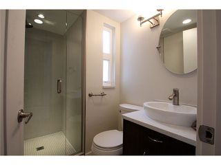 Photo 11: # 201 2110 YORK AV in Vancouver: Kitsilano Condo for sale (Vancouver West)  : MLS®# V1058982