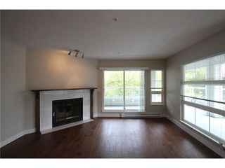 Photo 5: # 201 2110 YORK AV in Vancouver: Kitsilano Condo for sale (Vancouver West)  : MLS®# V1058982