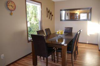Photo 3: 72 Greensboro Bay in Winnipeg: Single Family Detached for sale (South Winnipeg)  : MLS®# 1505145