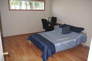 Photo 10: 954 Greencrest Avenue in Winnipeg: Fort Richmond Single Family Detached for sale (South Winnipeg)  : MLS®# 1522121