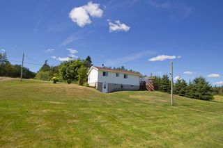 Photo 32: 107 Stanley Drive: Sackville House for sale : MLS®# M106742