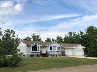 Photo 1: 3 Centennial Place in Lac Du Bonnet: RM of Lac du Bonnet Residential for sale (R28)  : MLS®# 1919076