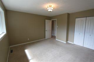 Photo 11: #2B MEADOWLARK VG NW in Edmonton: Zone 22 Townhouse for sale : MLS®# E4167062