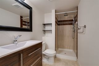"Photo 14: 206 33478 ROBERTS Avenue in Abbotsford: Central Abbotsford Condo for sale in ""Aspen Creek"" : MLS®# R2403357"
