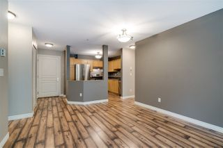 "Photo 7: 206 33478 ROBERTS Avenue in Abbotsford: Central Abbotsford Condo for sale in ""Aspen Creek"" : MLS®# R2403357"