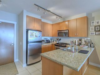 """Photo 4: 902 9222 UNIVERSITY Crescent in Burnaby: Simon Fraser Univer. Condo for sale in """"ALTAIRE"""" (Burnaby North)  : MLS®# R2405407"""