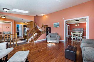 Photo 5: 4920 31 Avenue in Edmonton: Zone 29 House for sale : MLS®# E4174879