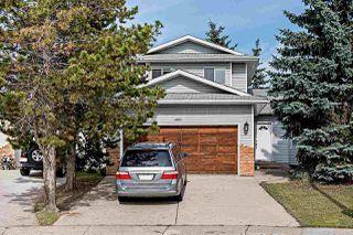 Photo 1: 4920 31 Avenue in Edmonton: Zone 29 House for sale : MLS®# E4174879