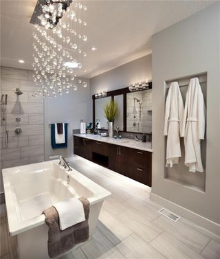 Photo 10: 12435 LAKE FRASER WY SE in Calgary: Lake Bonavista House for sale : MLS®# C4261232