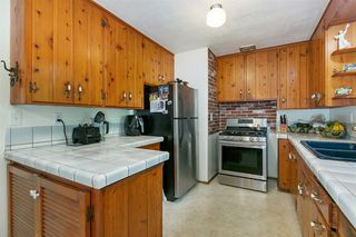 Photo 16: ENCINITAS House for sale : 3 bedrooms : 802 San Dieguito Dr