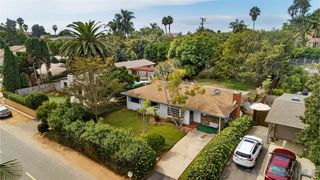 Photo 1: ENCINITAS House for sale : 3 bedrooms : 802 San Dieguito Dr