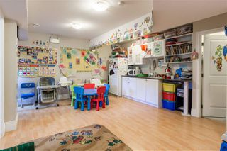 Photo 16: 3849 PARKER Street in Burnaby: Willingdon Heights House for sale (Burnaby North)  : MLS®# R2423199