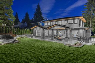 Photo 2: 968 PROSPECT Avenue in North Vancouver: Canyon Heights NV House for sale : MLS®# R2430394