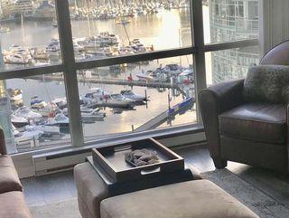 "Photo 8: 1201 193 AQUARIUS Mews in Vancouver: Yaletown Condo for sale in ""MARINASIDE RESORT"" (Vancouver West)  : MLS®# R2432125"