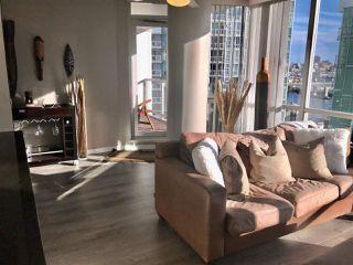 "Photo 5: 1201 193 AQUARIUS Mews in Vancouver: Yaletown Condo for sale in ""MARINASIDE RESORT"" (Vancouver West)  : MLS®# R2432125"