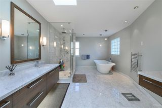Photo 10: 7156 BROADWAY in Burnaby: Montecito House for sale (Burnaby North)  : MLS®# R2442981