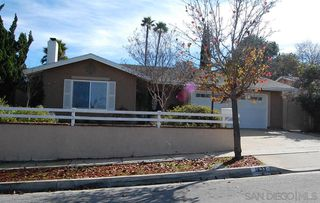 Photo 1: SOUTH ESCONDIDO House for sale : 4 bedrooms : 1633 Kenora Dr in Escondido