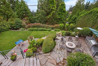 Photo 39: 3914 SOUTHRIDGE Avenue in West Vancouver: Bayridge House for sale : MLS®# R2470036