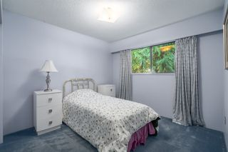 "Photo 24: 2556 THE BOULEVARD in Squamish: Garibaldi Highlands House for sale in ""Garibaldi Highlands"" : MLS®# R2487286"