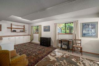"Photo 5: 2556 THE BOULEVARD in Squamish: Garibaldi Highlands House for sale in ""Garibaldi Highlands"" : MLS®# R2487286"