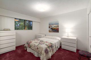 "Photo 18: 2556 THE BOULEVARD in Squamish: Garibaldi Highlands House for sale in ""Garibaldi Highlands"" : MLS®# R2487286"