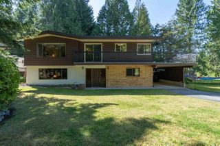 "Photo 1: 2556 THE BOULEVARD in Squamish: Garibaldi Highlands House for sale in ""Garibaldi Highlands"" : MLS®# R2487286"
