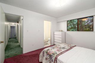 "Photo 19: 2556 THE BOULEVARD in Squamish: Garibaldi Highlands House for sale in ""Garibaldi Highlands"" : MLS®# R2487286"