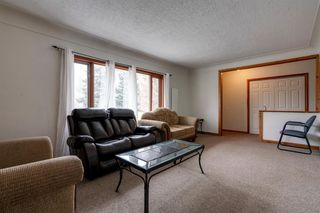 Photo 7: 2423 21 Street NW in Calgary: Banff Trail Detached for sale : MLS®# A1043187