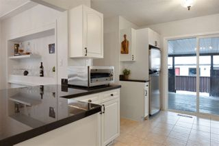 Photo 2: 6212 93 Avenue in Edmonton: Zone 18 House for sale : MLS®# E4221209