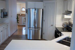Photo 13: 915 115 Street in Edmonton: Zone 16 House for sale : MLS®# E4221373