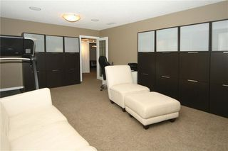 Photo 27: 1404 KERWOOD Crescent SW in Calgary: Kelvin Grove Detached for sale : MLS®# A1053643