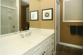 Photo 25: 1404 KERWOOD Crescent SW in Calgary: Kelvin Grove Detached for sale : MLS®# A1053643