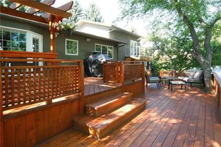 Photo 3: 1404 KERWOOD Crescent SW in Calgary: Kelvin Grove Detached for sale : MLS®# A1053643