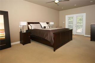 Photo 17: 1404 KERWOOD Crescent SW in Calgary: Kelvin Grove Detached for sale : MLS®# A1053643