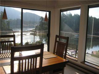 Photo 6: 13004 VAUGHN Road in No City Value: Pender Harbour Egmont House for sale (Sunshine Coast)  : MLS®# V937873