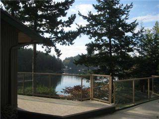 Photo 4: 13004 VAUGHN Road in No City Value: Pender Harbour Egmont House for sale (Sunshine Coast)  : MLS®# V937873