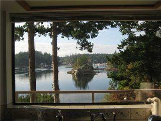 Photo 7: 13004 VAUGHN Road in No City Value: Pender Harbour Egmont House for sale (Sunshine Coast)  : MLS®# V937873