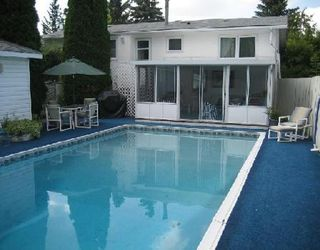 Photo 7: Gorgeous home with double garage and pool
