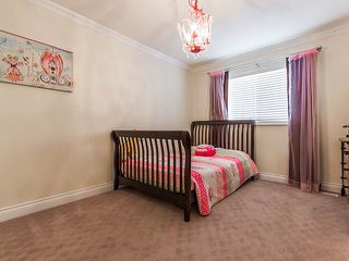 Photo 8: 1719 SUMMERHILL Place in Surrey: Crescent Bch Ocean Pk. House for sale (South Surrey White Rock)  : MLS®# F1307059