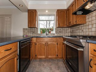 Photo 4: 1719 SUMMERHILL Place in Surrey: Crescent Bch Ocean Pk. House for sale (South Surrey White Rock)  : MLS®# F1307059