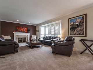 Photo 2: 1719 SUMMERHILL Place in Surrey: Crescent Bch Ocean Pk. House for sale (South Surrey White Rock)  : MLS®# F1307059