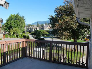 Photo 6: 39741 GOVERNMENT Road in Squamish: Northyards House 1/2 Duplex for sale : MLS®# V1026723