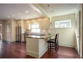 Photo 5: 2686 W 5TH AV in Vancouver: Kitsilano Condo for sale (Vancouver West)  : MLS®# V1057595