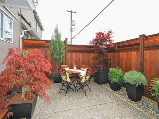 Photo 6: # 7 245 E 5TH ST in North Vancouver: Lower Lonsdale Condo for sale : MLS®# V1062901