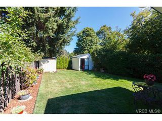 Photo 15: 522 BROUGH Pl in VICTORIA: Co Wishart North Half Duplex for sale (Colwood)  : MLS®# 681330