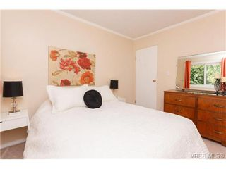 Photo 11: 522 BROUGH Pl in VICTORIA: Co Wishart North Half Duplex for sale (Colwood)  : MLS®# 681330